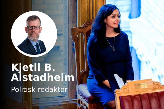Hadia Tajik har en finansminister i magen