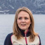 Hun har tittelen distriktsminister, men Sp-lederen vil ikke møte henne til debatt