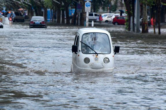Beijing rammet av regn som koster liv