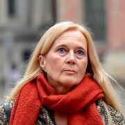 I likestillingslandet Sverige er det et paradoks at hun må unngjelde for ektemannens ugjerninger