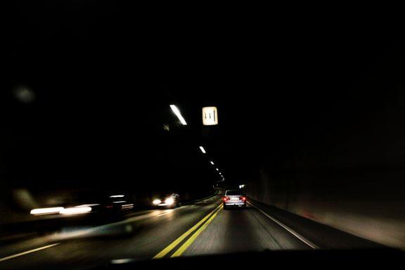 En av landets travleste tunneler er stengt annenhver dag – Regjeringen har bestemt seg for løsningen på problemet