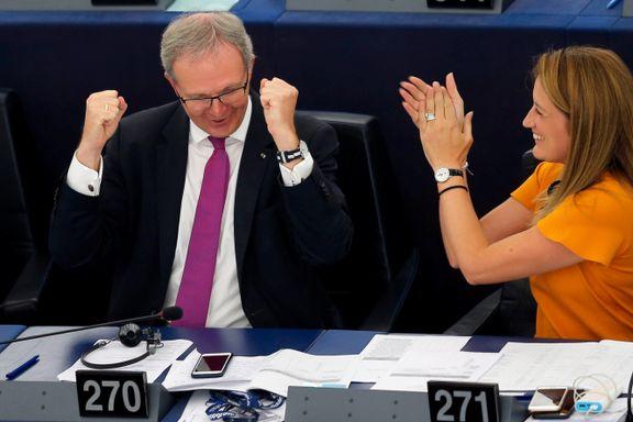 EU sa ja til «sensurmaskiner og lenkeskatt»: – En virkelig dårlig dag for internett
