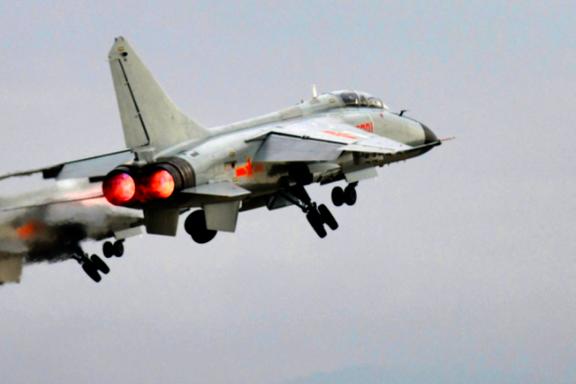 Mens Biden snakket med EU om fred og ro for Taiwan, fløy kineserne 28 krigsfly inn i øyas luftrom