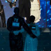 Norsk Madonna-danser sier hun måtte i avhør etter finalen