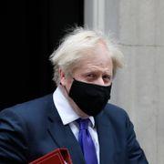 Johnson før Brussel-visitt: Vi står langt fra hverandre