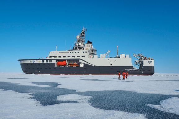 Kronprins Haakon er laget for å bryte is, men nå må skipet repareres