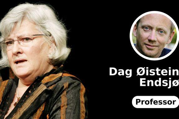 I 2009 fikk Nina Karin Monsen Fritt Ords Pris. I 2019 kaller hun sine egne, prisvinnende ord «en grov homofob tekst»