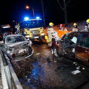 To personer kritisk skadet i frontkollisjon i Lier