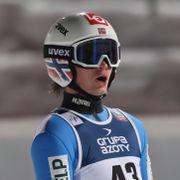 Lindvik vant i Zakopane etter superhopp