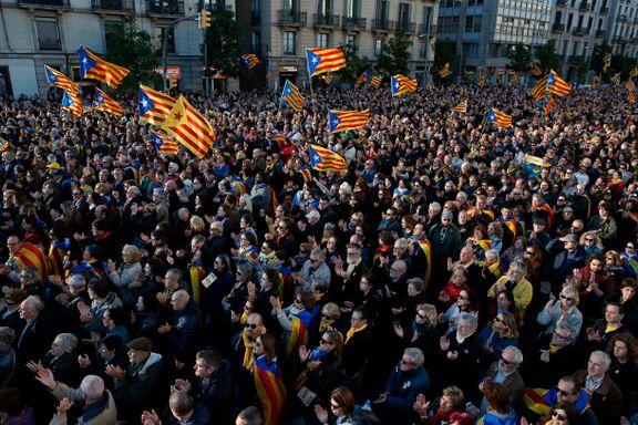 45.000 katalanske separatister gikk i protestmarsj i Barcelona