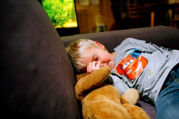 Foreldrekodens søvnguide: Her er rådene for å skaffe barna (og deg selv) lengre netter