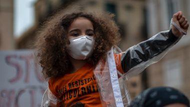Titusener trakk ut i gatene for å vise sin avsky mot rasisme
