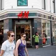 Kraftig salgsnedgang for klesgiganten H&M