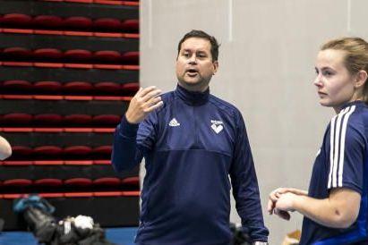 Byåsen gikk på sesongens første serietap. Nå har treneren en oppfordring til spillerne.