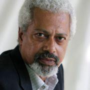 Abdulrazak Gurnah skrev om flukten fra Zanzibar. Nå får han nobelprisen for bøkene.