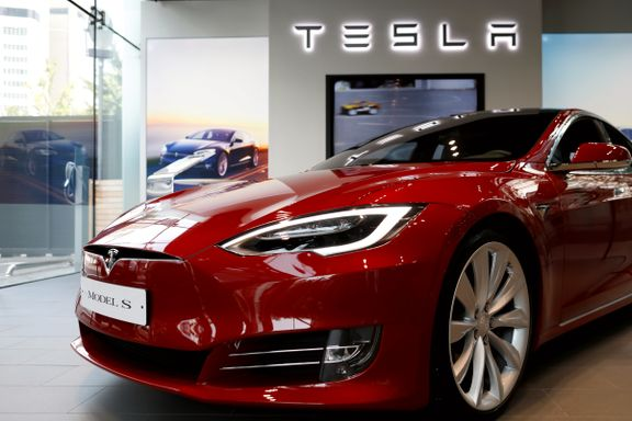 Oljefondet prøver å få en hånd på rattet i Tesla