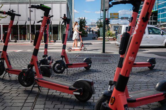 Knuste tenner og knekte kneskåler. Også andre storbyer ser økning i ulykker med elsparkesykkel.