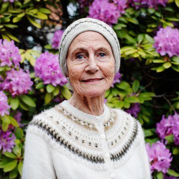 Marianne Andresen er av adelsslekt og oppvokst på et slott. Og har brukt samme lue i snart 70 år.
