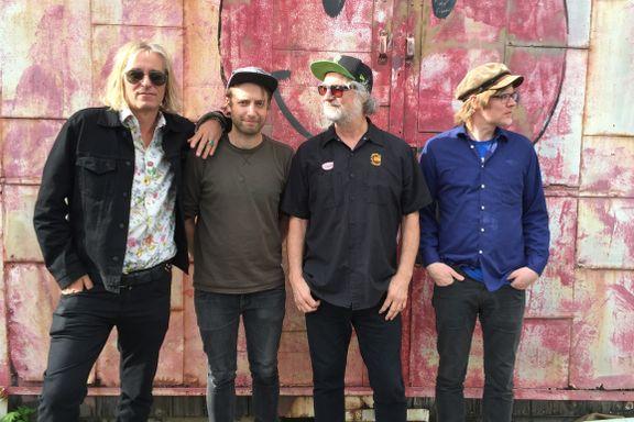 Lyden av en frisk R.E.M.-gitarist