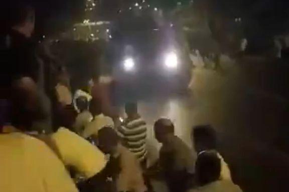 Folk tok til gatene mot kuppmakernes stridsvogner. Så ble de overkjørt og drept