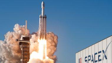 Milliardærer overtar USAs og Kinas kappløp i verdensrommet. Nå vil de til Mars.