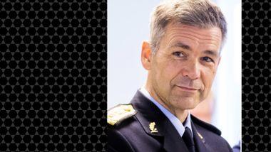 Sjef for Politiets utlendingsenhet med stor autoritet og varme