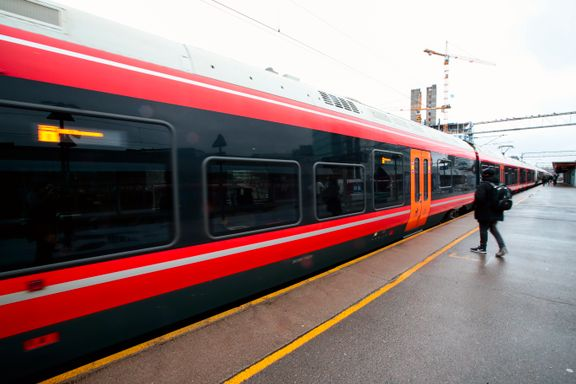 Jernbanedirektoratet vil fortsatt ha Østfoldbanen gjennom byene