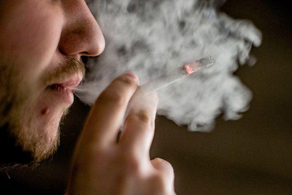Aftenposten mener: Ikke hev aldersgrensen for røyk og snus