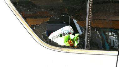 Bertheussen kjørte rundt i bil med knust vindu på vinterføre uten å legge merke til det