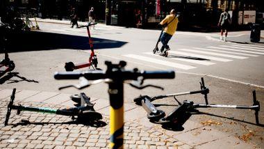 Aftenposten mener: Regjeringen somler med sparkesyklene