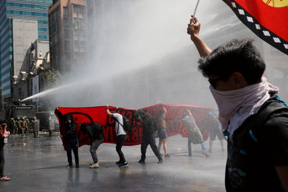 Store protester i Chile tross løfter om sosiale reformer