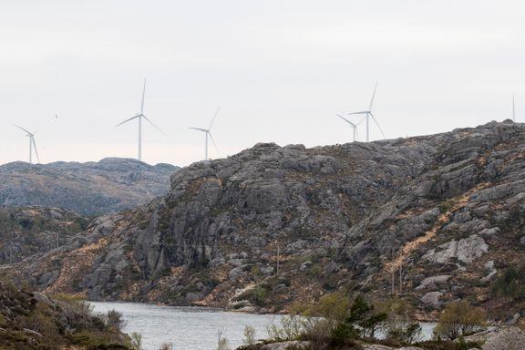 Slik kan vindmølleparker gi store utslipp. Et argument for å droppe dem, mener naturvernere.
