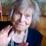 Født samme år som André Bjerke, for 103 år siden. Norge har mistet nok en stor dikter.