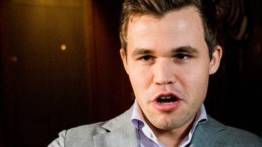Carlsen er blant de beste i verden i fotballspill: – Han tar det ganske alvorlig