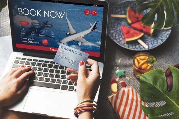 Hvorfor må du betale ekstra for å bruke kredittkort når du kjøper reise?