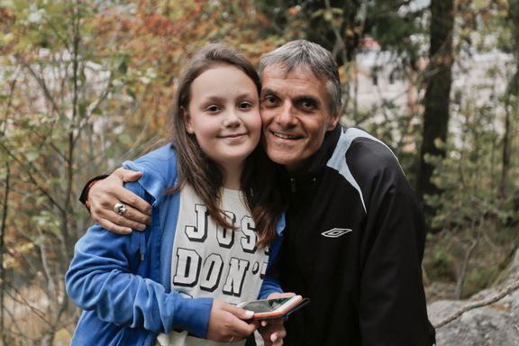 Elise (12) hadde verdens beste pappa. Så fikk han Alzheimer.
