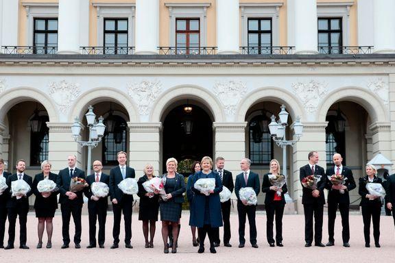 11 av 18 ministre har forsvunnet fra Erna Solbergs regjering. Siv Jensen har byttet ut alle sine statsråder.