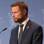 Svensk kritikk, russisk krise og norsk ventetid