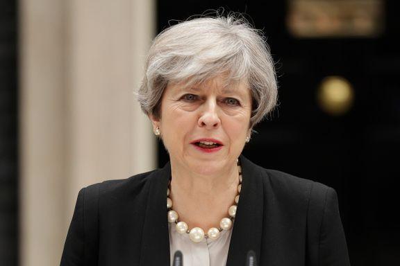 Regjeringen i Storbritannia senker trusselnivået