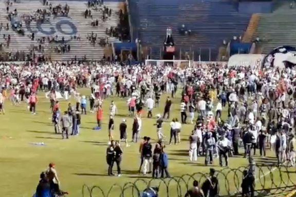 Skandalescener: Tre fotballsupportere drept i blodig oppgjør