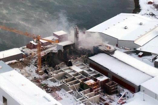 Mann antatt omkommet etter kraftig brann i industribygg i Finnmark