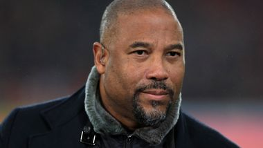 Liverpool-legende forsvarer fjerdedommeren: – Ikke rasistisk