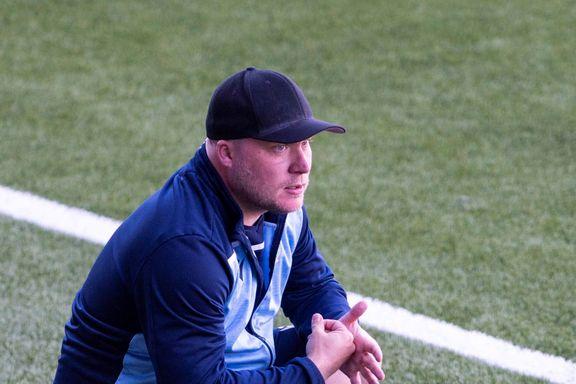 Sandnes Ulf ble rundjult av EIK. Men treneren er urokkelig i troen på laget.