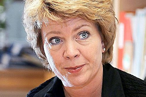 VG: Haga ber Sp suspendere alle de mannlige politikerne som var på hytteturen