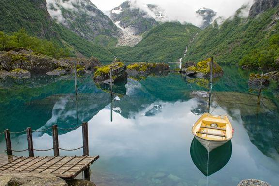 Er turen til ett av Norges mest instavennlige vann verdt det?