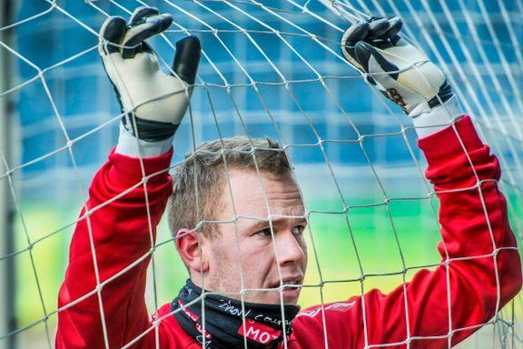 Han kom til AaFK for å bli førstekeeper, men har ikke fått spilletid i serien: - Ikke så veldig positivt