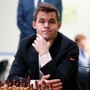 Flere nektes å spille NM for Carlsens nye klubb: – Tåpelig