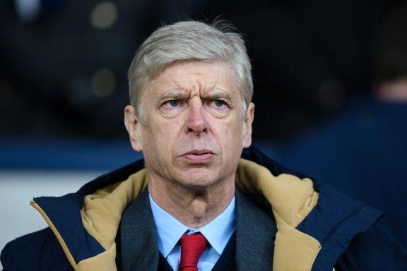 Wenger irritert på Manchester United-ryktene: - Det er respektløst