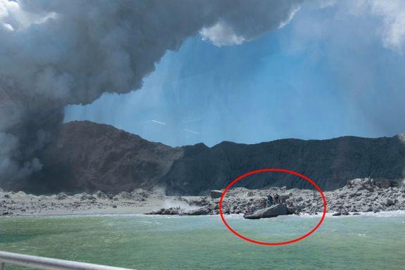 Her flykter turistene fra vulkanutbruddet