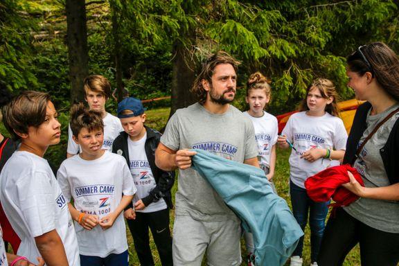 Her er Zuccarello på sommerleir i Bergen: – Målet er å gi barna gode opplevelser